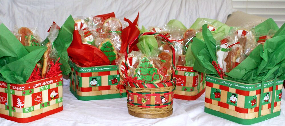 Basket-Christmas-Cookies-(2)